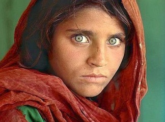 s-mccurry-ragazza1