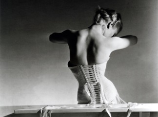 horst-mainbocher corset324
