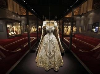 regina-elisabetta abito-incoronazione